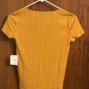 Mustard dressy tshirt